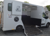 Camion VL 2 chevaux stalle (35) 110€